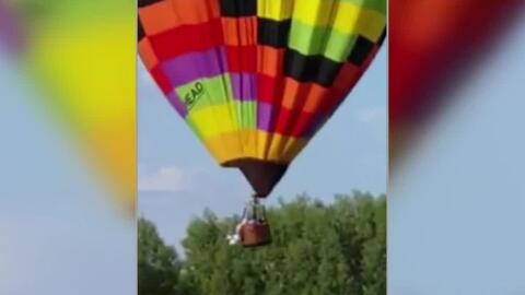 Piloto de globo aerostático termina colgado tras chocar contra otra aeronave