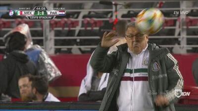 Descontón de Eduardo Berizzo al Tata Martino…. pero fue sin querer