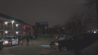 Una mujer resultó herida tras una balacera en un motel de Dallas