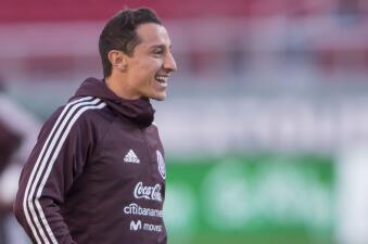 México vive en ambiente optimista el entrenamiento previo a su amistoso contra Islandia
