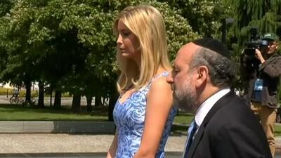 En video: Ivanka Trump visita el memorial del gueto de Varsovia