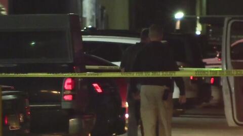 Discusión terminó en un tiroteo que cobró la vida de un hombre en un complejo de apartamentos en Glendale