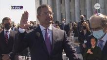 Momento en el que Pedro Pierluisi juramenta como gobernador de Puerto Rico