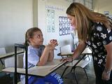 Más de 800 escuelas públicas están dando clases este martes en Puerto Rico
