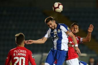 En fotos: Herrera y 'Tecatito' presentes en el triunfo del Porto en las Azores