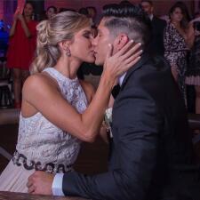 Todos los detalles de la íntima boda de ensueño de Chyno Miranda