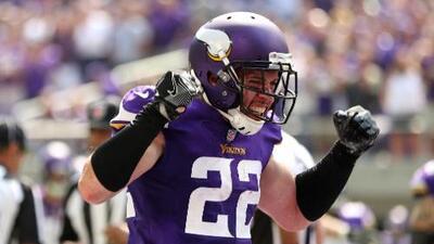 La NFL multa a Harrison Smith por golpear a Trubisky