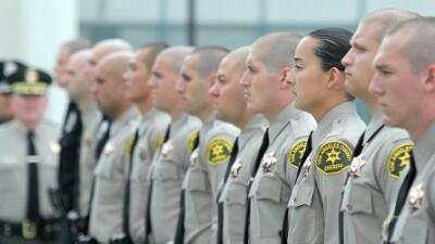 """""""ISIS cobrará venganza hoy"""", la amenaza a policías en California de un hombre que ahora enfrenta 5 años de prisión"""