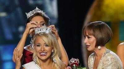 Savvy Shields, Miss Arkansas, gana el certamen de belleza Miss América 2017