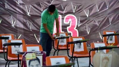 """Ocho motivos por los que la """"verdad histórica"""" de Ayotzinapa se cae a pedazos"""