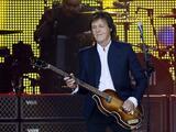 Dejan a Paul McCartney fuera de una fiesta de raperos en Hollywood