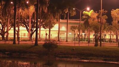 Arrestan a una persona que amenazó con atacar a una escuela del sur de Florida