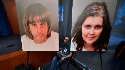 """""""Yo nunca he salido"""": revelan la llamada al 911 que salvó del cautiverio a los 13 hijos de la 'casa del horror'"""