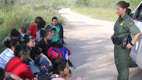 En video: a bordo de la Patrulla Fronteriza en el punto más crítico de la frontera