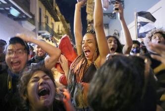 Así celebran en las calles de Puerto Rico tras la renuncia del gobernador Ricardo Rosselló