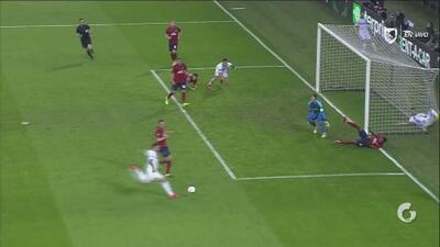 Matías Vecino, muy temprano, pone en ventaja al Inter de Milán