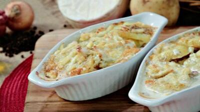 Pastel de papa con tocineta y queso