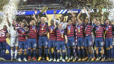 Estados Unidos venció 2-1 a Jamaica y volvió a conquistar la Concacaf