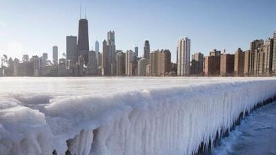 La nieve e intenso frío no se quieren ir de Chicago