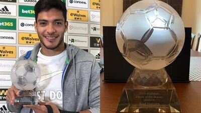 Raúl Jiménez reconocido como jugador de la temporada