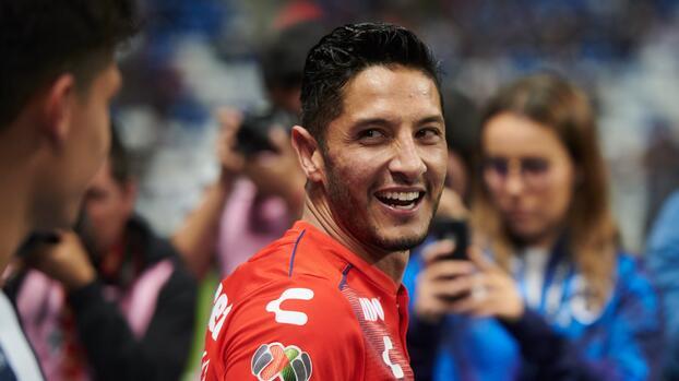 """Ángel Reyna elogio a 'Chofis' López y señala: """"Es mi chavo"""""""