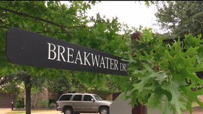 Continúa la búsqueda de un hombre que cayó en el lago Travis