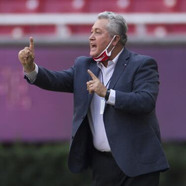 """Félix Fernández insiste: """"Vucetich no es DT para Chivas"""""""