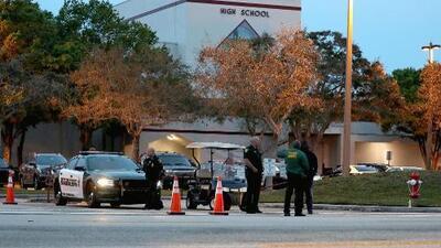 Arrestan a estudiante de 14 años que amenazó con balear una preparatoria del Área de la Bahía