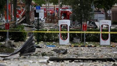 Violenta explosión en un centro comercial de Florida deja al menos 20 heridos y siembre el pánico a sus alrededores