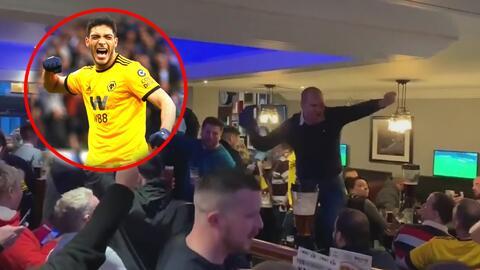¡Una más al ídolo! Fans de Wolverhampton inventaron una nueva canción a Raúl Jiménez