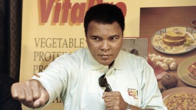 Ni Muhammad Ali ni su doctor culparon al boxeo por la enfermedad de Parkinson
