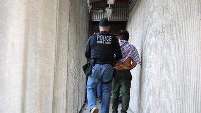 Revelan identidad de hombre mexicano que murió de derramo cerebral bajo custodia de ICE