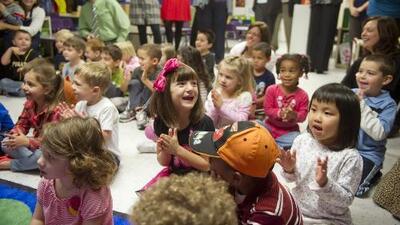 Distrito Escolar de Houston invita a los padres de familia a registrar prontamente a sus hijos que ingresan prekínder