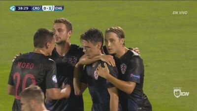 ¡GO-LA-ZO! Brekalo puso el 1-1 ante Inglaterra y dejó a más de uno maravillado