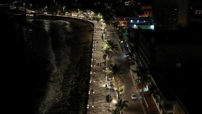 Evacúan a miles de personas ante la amenaza del poderoso huracán Willa