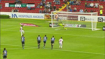 Leonel Miranda empareja el juego desde los once pasos
