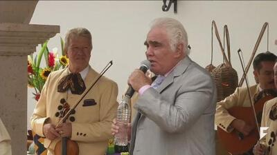 Vicente Fernandez in trouble for homophobic comments
