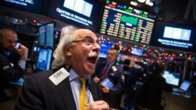 El Dow Jones cierra con una subida cercana al 4%, su mayor ascenso en cuatro años