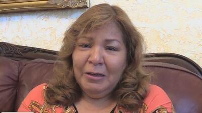 """""""Pienso que es una broma"""": madre de joven asesinada en el patio de su casa en Garland"""