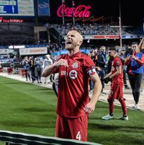 El capitán Escarlata se queda: Toronto FC recontrató a Michael Bradley
