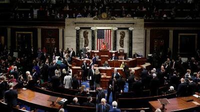 Congreso aprueba resolución que hará público el proceso de un juicio político contra el presidente Trump