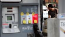 El precio de la gasolina mantiene niveles altos en Los Ángeles  ¿Podría aumentar este verano?