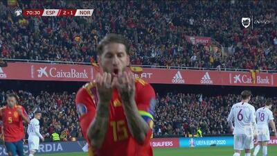 A lo Panenka, Sergio Ramos le devuelve la ventaja a España