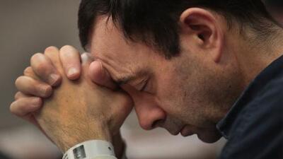 El médico Larry Nassar pide disculpas a las gimnastas abusadas
