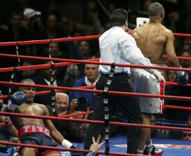 Los 10 momentos históricos en la carrera de Roy Jones Jr.