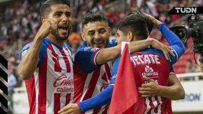 """La hinchada confía: """"A Ricardo Peláez le deben entregar las llaves del club"""""""