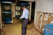 """Así es el interior del búnker que servía como """"centro de operaciones"""" de la MS-13 en Honduras"""