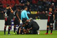 LEVERKUSEN, GERMANY - NOVEMBER 08: Lars Bender of Bayer 04 Leverkusen is given treatment during the UEFA Europa League Group A match between Bayer 04 Leverkusen and FC Zurich at BayArena on November 8, 2018 in Leverkusen, Germany. (Photo by Maja Hitij/Getty Images)