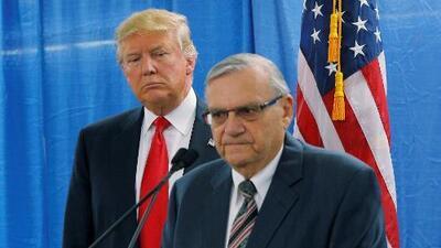 Aumentan las críticas tras nuevas revelaciones sobre el indulto que Trump le concedió a Arpaio