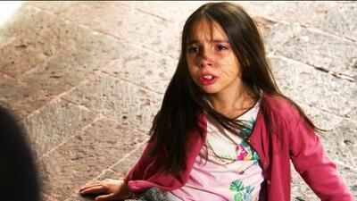 Una niña es rechazada por su abuela y hermanastra